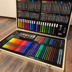 Деревянный набор юного художника 220 предметов